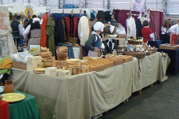 Annie the Pedlar - Market